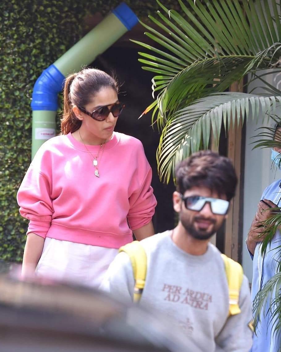 बेहद स्टाइलिश है शाहिद कपूर की बीवी, साथ में नजर आए मियां बीवी